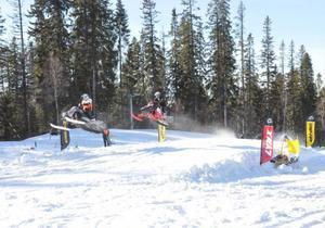 Full fart från start är det som gäller när det är backrace för snöskoteressen.