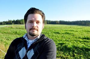 Nils Björid, ordförande för LRF Ungdomen sedan i våras, tror att det senaste halvårets prisras för landets mjölkbönder har stabiliserats.