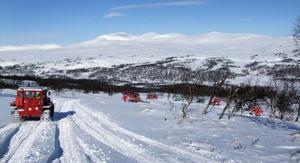 Här är vesselkaravanen på väg mot Kesudalen i det strålande vintervädret.