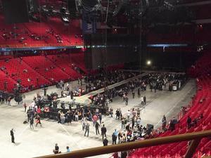 Det blev inte någon konsert med U2 i söndags. Arenan tömdes på folk efter misstanke om pistolman i publiken.
