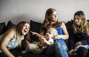Mamma Ulrika Lundqvist och Jennifers systrar Nathalie och Saga har varit djupt bekymrade över tvååringens ovilja mot att äta.