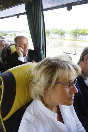 Landshövding Britt Bohlin var en av resenärerna i bussen som lastades på en tågvagn i juli förra året.