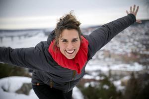 Kate Almroth är på väg mot ett nytt toppjobb inom en nationell och internationell samlingsorganisation inom frikyrkan.