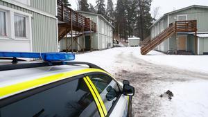 Här i en lägenhet på Västergatan i Mariekäll påträffades de två döda personerna.