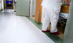 Det är fullt på sjukhuset i Östersund. Inför natten mot tisdagen fanns det endast ett fåtal platser att tillgå. Foto: Håkan Luthman