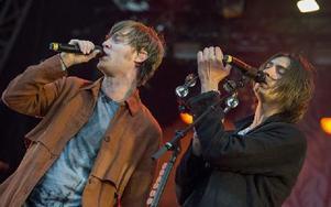 Björn Dixgård och Gustaf Norén i Mando Diao. Foto: Claudio Bresciani / TT