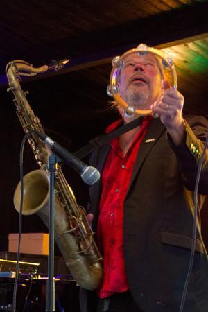 Saxofonisten Bo Gustafsson i Jump 4 Joy i en stilstudie från konserten på Jazzens Museum i Strömsholm 20 juli.