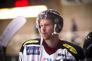 Fredrik Sundin anlände till Hudiksvall så sent som på onsdag morgon, men hann med att känna på isen lite innan det var dags för skill-competition