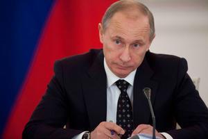 Diktatorn. Vladimir Putin beställde fällande domar mot oljemiljadären Michail Chodorkovskij, som fick sju år i Sibiren. Nu riskerar han åtta år till efter en skenrättegång i regi av Putin.