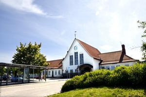 Sundsvalls nya resecentrum byggs vid järnvägsstationen och busstationen flyttas dit från Navet.