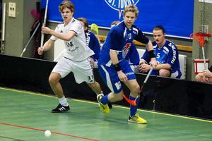 Joel Högberg (till höger) i Gävles tröja den gångna säsongen.