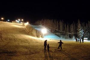 Svegs Alpina ordnade midnattsslalom för första året i onsdags. Foto: Carin Selldén