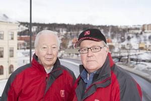 Claes-Håkan Sjölund och Rune Larsson i Motormännen i Sundsvall vill stoppa planerna på att begränsa framkomligheten efter gamla E4 genom centrala stan.