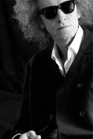 Den 4 april läser Bruno K Öijer sina dikter på Gamla teatern i Östersund, en uppföljning på höstens turné där han sålde ut sju föreställningar på Södra Teatern