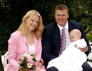 På midsommarafton den 24 juni döptes Martin Ortman i Berghamns kapell, Höga Kusten.Föräldrarna Stina Karlström och Hans Ortman överraskade gästerna med att vigas i samband med dopet. Dop- och vigselförrättare var Eva Lång. Brudgummen är bördig från Uppsala, paret är bosatt i Sundsvall.