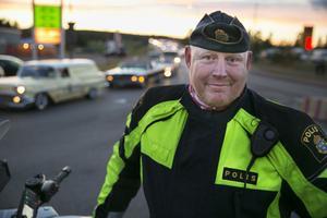 Många fortkörare och en som förare som körde så fort att körkortet rök. Det blev resultatet av tisdagmorgonens hastighetskontroll mot trafiken på E16 vid Tallen, i riktning mot Borlänge.