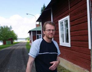 Dennis Hagman driver Pensionat Bryggan i Laxviken. Nästa vecka testar han nya godsaker på menyn.