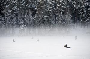 Dimma över Stångtjärn i Falun helgen.