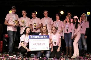 Laget från Västra skolan som vann First Lego League på Cozmoz i Borlänge för några veckor sedan.  De medverkande eleverna kom från tre olika klasser i årskurs 9 på Västra skolan.