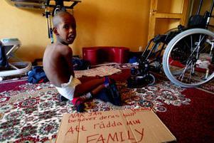 Abdirahman Ibrahim, 10, har en svår cp-skada men anses ändå inte ha tillräckliga skäl för att få stanna i Sverige.