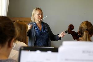 Katarina Andreasson under en kurs på Nora kammarmusikfestival i fjol. Foto: Malin Flink