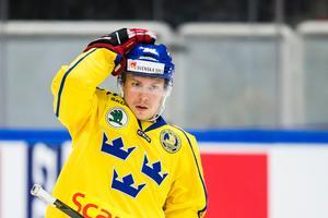 Erik Gustafsson i Tre Kronor-dressen. Foto: Kenta Jansson/Bildbyrån.