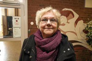 Mona Forsberg, förvaltningschef för Hedemora kommuns vård- och omsorgsförvaltning, berättar att projektet med sex timmars arbetsdag skjuts fram till hösten.