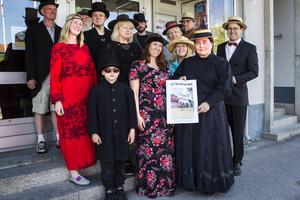 Det är Den oberoende kommittén för främjandet av Ljusdals municipalsamhälles utveckling som arrangerar den kulturhistoriska festivalen. Här är några i gruppen.