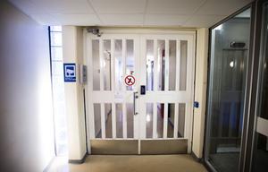 Entrén till det numera stängda häktet i Västerås.