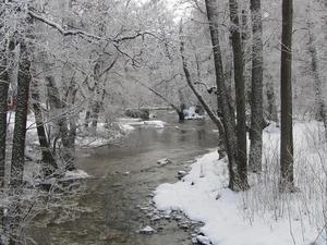 Åkte ut med kameran för att få några fina vinterbilder. Stannade till i Forsby och knäppte bl.a denna bild.