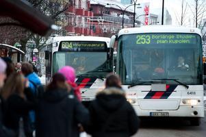 Resandet med kollektivtrafik ökar i både landet och Dalarnas län.