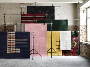 Kollektionen Görlev består av handgjorda mattor och kuddfodral med textilier från Turkiet.