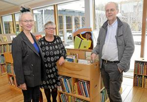 Engagemang. Elisabet Reslegård och Susanna Ekström från Läsrörelsen och länsbibliotekarie Peter Alsbjer, tycker att det är viktigt att satsa på läsning för barn.