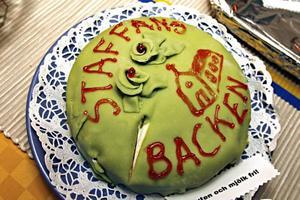 När två förskolor blir en ska det självklart firas med tårta.