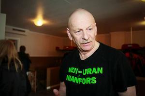 Karl-Gunnar Karlsson från Nianfors tre mil sydväst om Hudiksvall berättade om hur han och andra uranbrytningsmotståndare lyckades stoppa provborrningarna efter uran i graniten i Majsaberget.