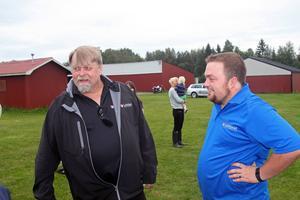 Ulf Runesson och Alex Bilyk  besökte Himmelslätta i Gagnef och visade upp för sina kollegor från Dalarna hur man använder sig av drönare vid universitetet i Kanada.