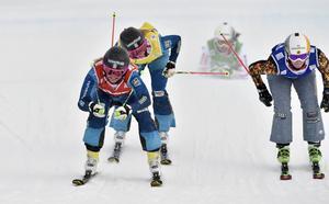 Anna Holmlund premiärvinner första världscuptävlingen på Idre Fjäll före Marielle Thompson, Kanada och trean Sandra Näslund.