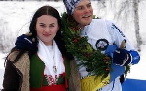 Kranskullan Johanna Hurtig från Tammeråsen och segraren Magnus Jensen.