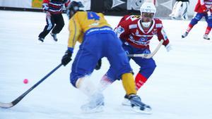 Fredrik Andersson fortsätter en säsong till med VIF.