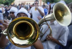 Tittarna får besöka en stor blåsorkesterfestival i Serbien i den nya dokumentärserien