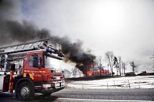 Brandkårerna från Lit, Krokom och Östersund anlände väldigt snabbt.