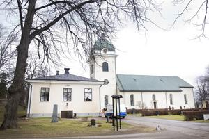 Valbo kyrka väntar musikinvasion.