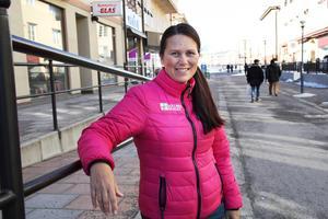 Malou Sköld är positiv till en bandyhallsetablering nära centrum. Bild: Kristian Westin