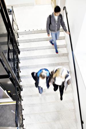 Delar av skolan är sig lik, men mycket är nytt. Till exempel är hissen alldeles ny.