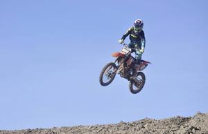 Adam Lenell tycker att motocrossbanan vid Arvidsbo är lagom utmanande.