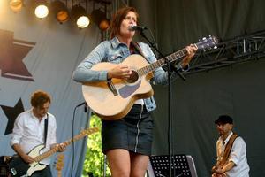 Linda Sahlberg spelar på stödgalan för natthärbärget på lördag.