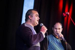 Walid och Anas sjunger en duett.