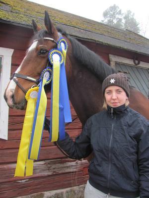 Hemmaekipaget Pernilla Berger/Coockie vann enmetershoppningen – igen.