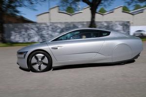 En framtidsbil som drar så lite som 0,09 liter per mil.