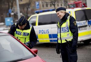Bemötande. Gabriella Westermark trivs i Södertälje och vill att allmänheten ska se hennes jobb som positivt.